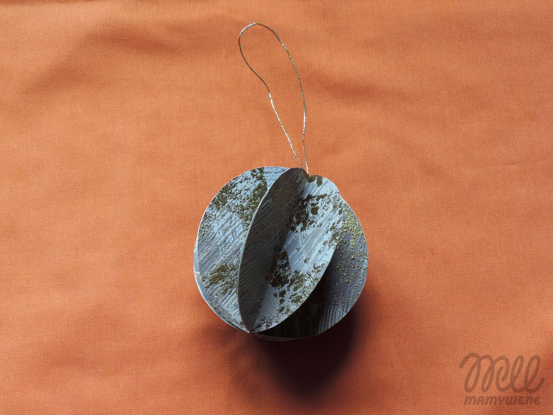 Tutorial: bombka z papieru. Efekt końcowy - tradycyjna ozdoba