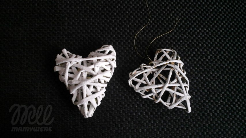 Malowane serca wiklina papierowa