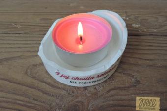 Świecznik z potłuczonego kubka – DIY inspiracja (upcycling)